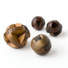 木製魯班球一組<br /><b>Burr puzzle balls</b><br />Wood<br />China; 19th-20th c.<br /><em>Yi Zhi Tang</em> Collection