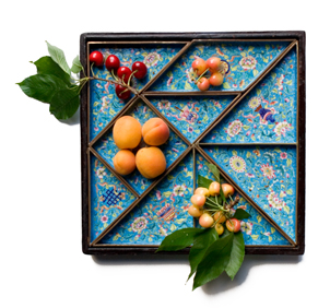 tangram dishes with fruit