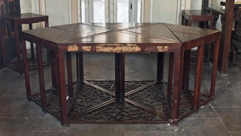 北京颐和园牌云殿的七巧桌